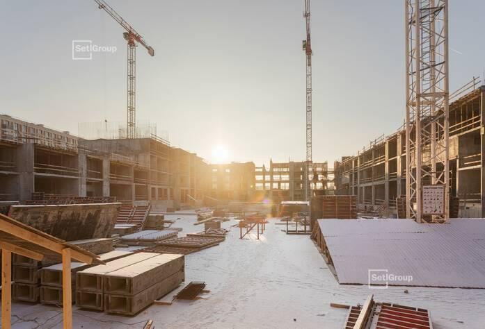 Завершены работы по устройству монолитных конструкций 1 этажа.