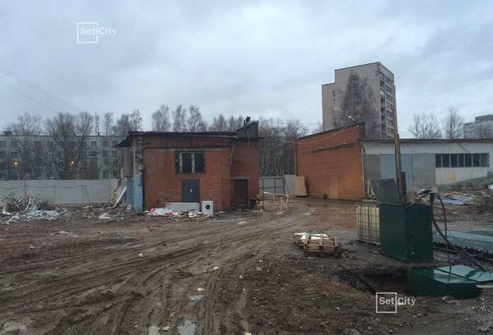 Демонтировано 60% строительных конструкций зданий.
