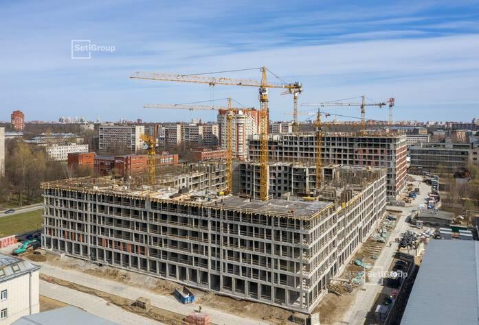 Завершено бетонирование стен и перекрытий на уровне 6 этажа.