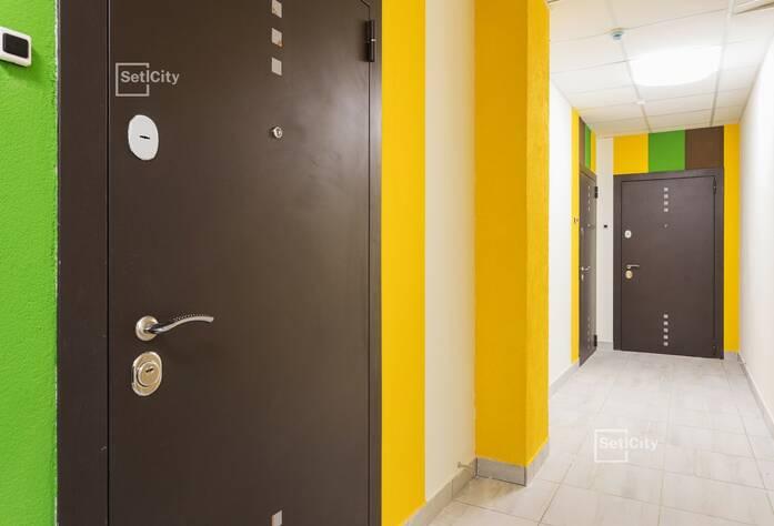 Продолжаются работы по подготовке квартир к чистовой отделке на уровне 18 этажа.