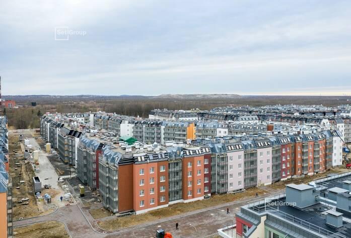 Ведутся работы по монтажу окон 5 этажа, готовность 55%.