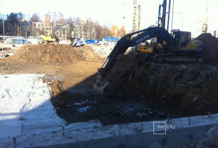 Завершены работы по устройству ограждения котлована (тип «стена в грунте» с форшахтами).