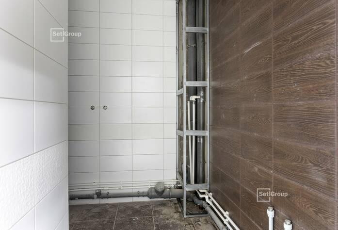 Завершены работы по монтажу радиаторов в квартирах.