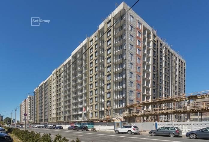 Произведены работы по устройству теплоизоляции и базового штукатурного слоя фасадов с балконов.