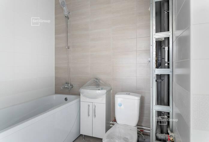Завершены работы по устройству навесных вентилируемых фасадов и витражей.