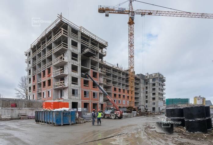 Закончены работы по устройству стен 7 и 8 этажей.