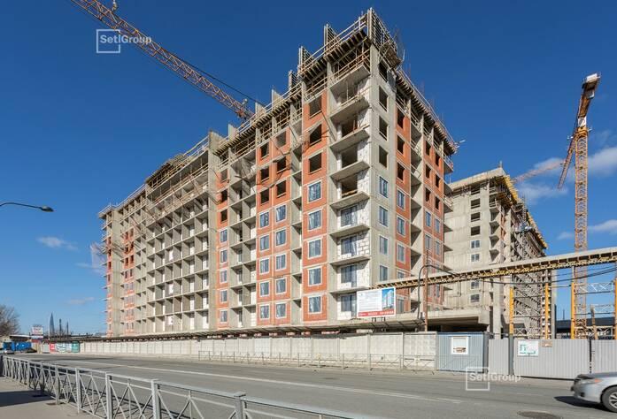 Закончены работы по устройству стен и плит перекрытия на уровне 9 и 10 этажей.