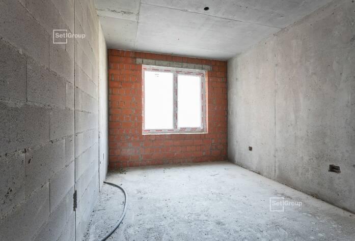 Завершаются работы по устройству железобетонных конструкций 8 этажа и парапетов.