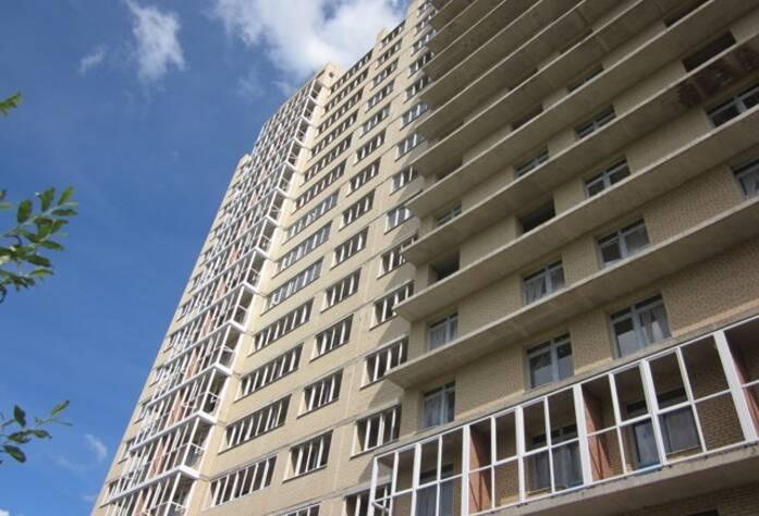 <p>Монтаж каркасов для витражного остекления балконов</p>
