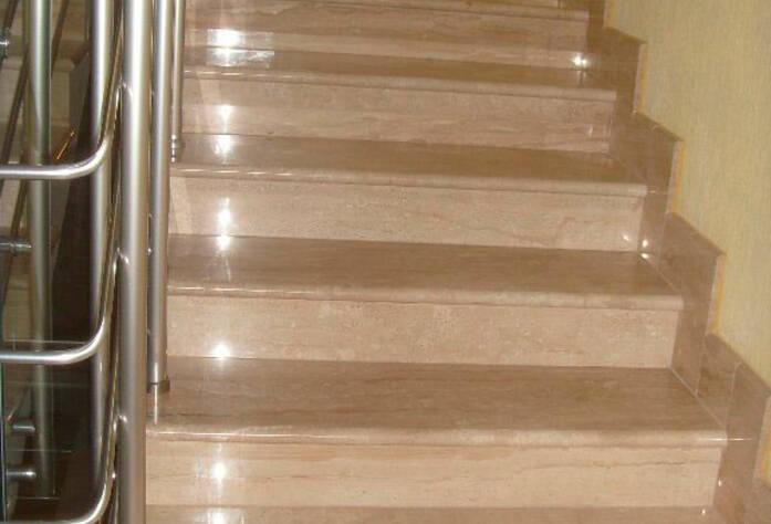<p>Лестница жилого комплекса &quot;Царскосельская усадьба&quot; Дом № 4</p>