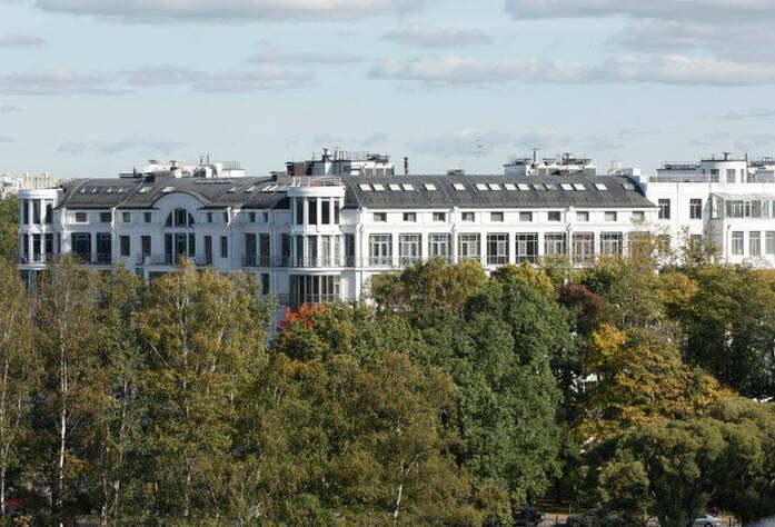 <p>Жилой дом на набережной Мартынова</p>
