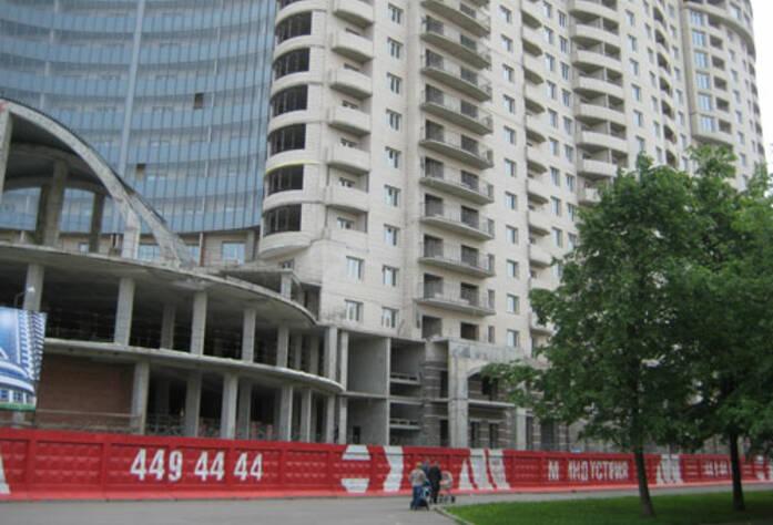 <p>Ход строительства, июнь 2010г.</p>