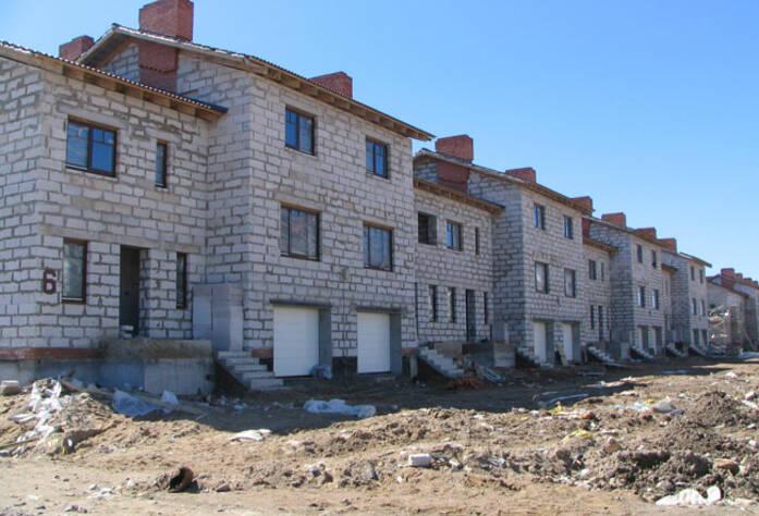 <p>Строительство второй очереди жилого комплекса «Рай в шалаше»</p>