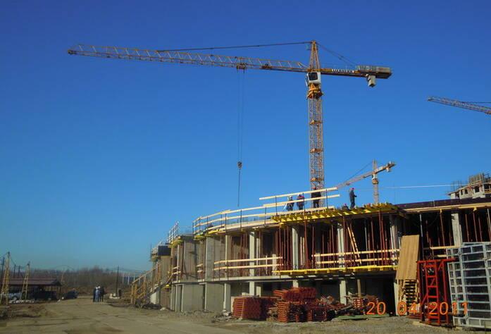 Строительство ЖК «Академ-Парк» (апрель 2011г.)
